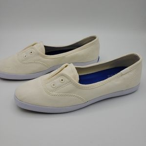 KEDS Chillax Mini Cream Slip On Sneaker